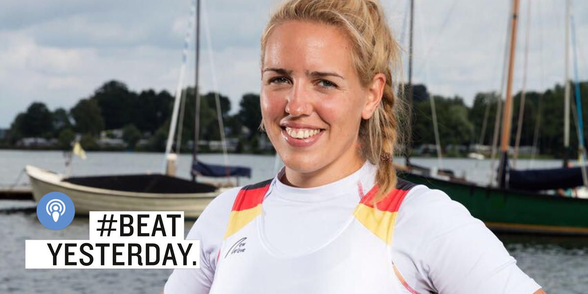 Lisa Schmidla im Dress des Ruder-Nationalteams